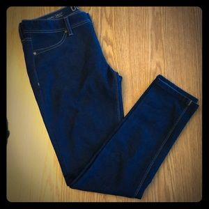 DL1961 women's size 29 skinny jeans with stretch